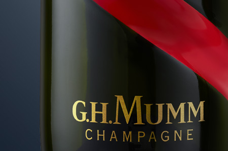champagne photo packshot gh mumm victor paris agence communication luxe